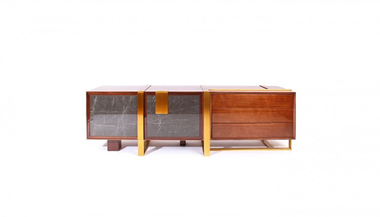 Coloma Sideboard inAmerican wood and polished brass feet