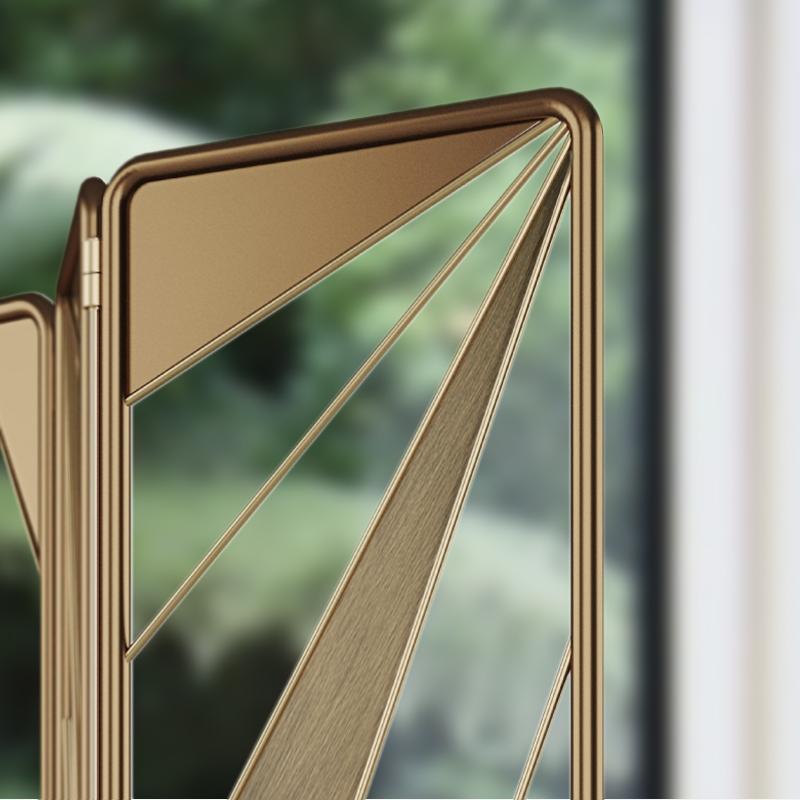 Seattral Folding Screen
